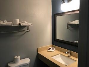 Empire Inn LAX - Hollywood Lighting and Modern Bath Fixtures